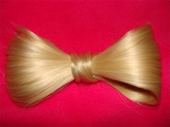 Blonde Hair Bow