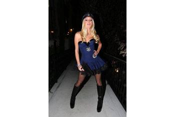 Heidi Montag as cop