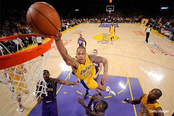 Check Kobe's Face!