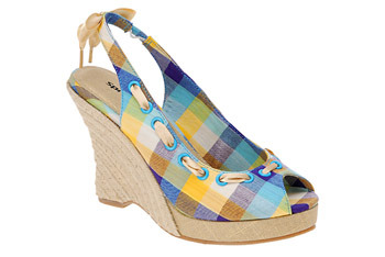 """Kailyn"" plaid espadrilles from Myspringshoes.com, $19"