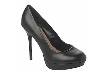 Leather court shoe from NewLook.com, $40