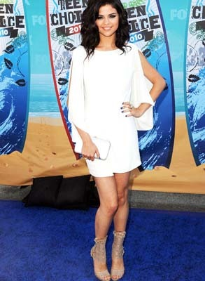 Selena Gomez in stylish white