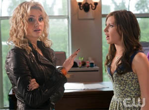 Aly Michalka as Marti, Ashley Tisdale as Savannah