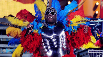 Cee Lo Green was as colorful as a bird