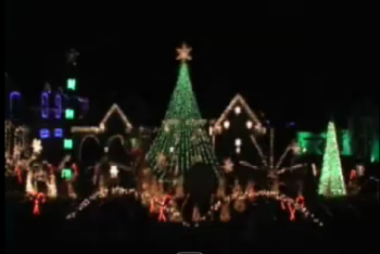 Top 10 Holiday Houses :: Musical Light Displays