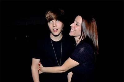 Justin Bieber and Pattie Mallette