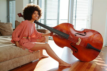 Esperanza Spalding Bio / Get the Look