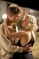 Rob Pattinson and Reese Witherspoon in Water For Elephants