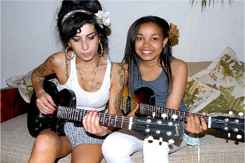 Amy Winehouse taught Dionne Bromfield how to play guitar