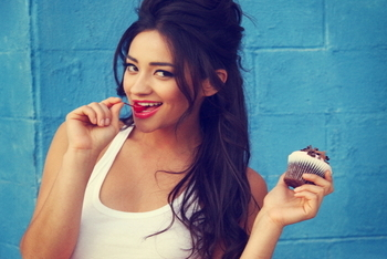 Find out about Pretty Little Liars actress Shay Mitchell in her Kidzworld Bio!