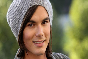 Tyler Blackburn plays Caleb on Pretty Little Liars