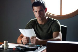 Taylor Lautner Abduction scene