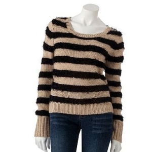 Fang fuzzy striped sweater