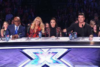 Last night the Top 13 performed for Demi, Simon, Brit and L.A.