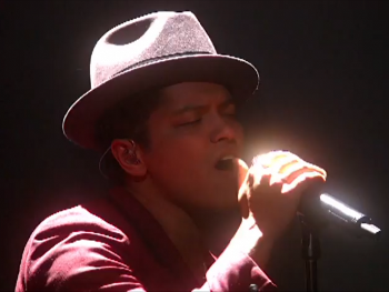"""Bruno Mars performed """"Locked Out of Heaven"""""""
