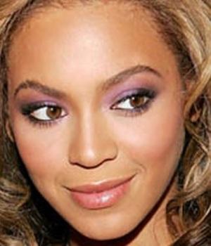 Beyonce's smoky eyes