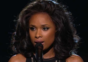 Jennifer Hudson performed a heartfelt tribute to Whitney Houston