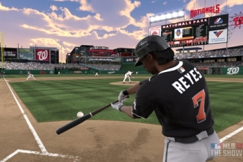 Miami Marlins Jose Reyes batting down the line