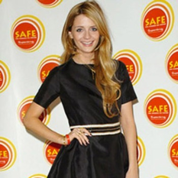 Mischa Barton pairing stripes with solids