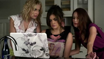 The Marins and Aria set up an online dating profile for Ella