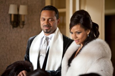 Mike Epps and Carmen Ejogo pull off Sparkle's sleek 60s style