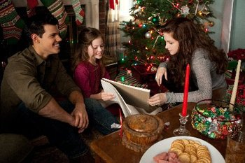 Taylor Lautner,Kristen Stewart, and Mackenzie Foy
