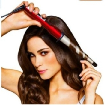 The curling wand has no clip -- simply wrap hair around the wand for curls