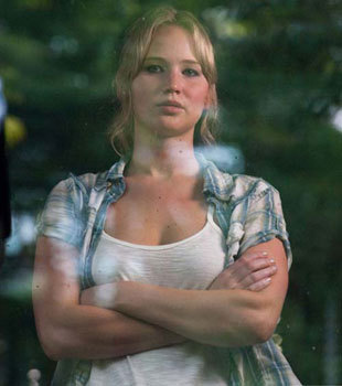 Jennifer Lawrence as Elissa