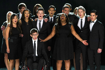 """The cast of Glee sings """"Seasons of Love"""""""