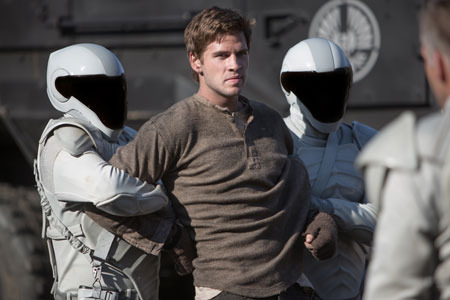 Gale is captured by Capitol troops