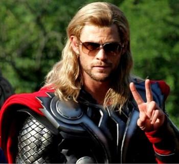 Chris as Thor takes a break on set