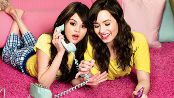 Selena Gomez and Demi Lovato have been BFFs for life!