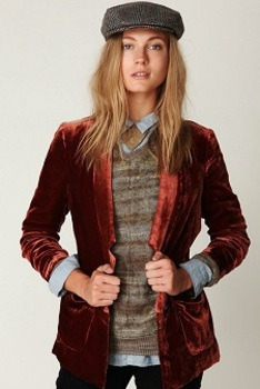 Wear colorful blazers all year long -- velvet in a berry color is perfect for winter!