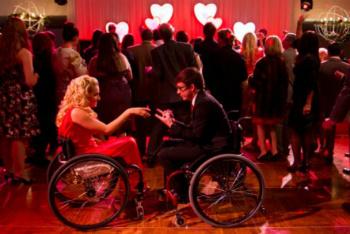 Glee: Season 4, Episode 14 :: I Do