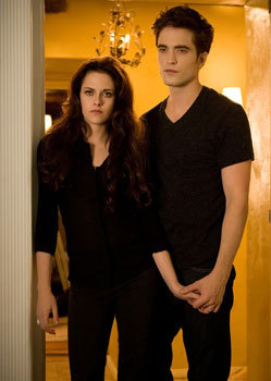Vamped out and glammed up Bella and Edward
