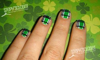 Green plaid nails