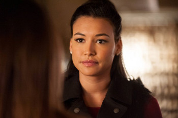 Santana knows something's up with Brody