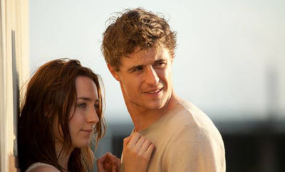 Melanie (Saoirse) and Jared (Max)