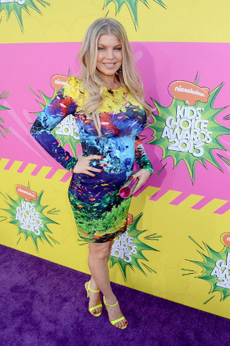 Fergie's dress has a little too much going on