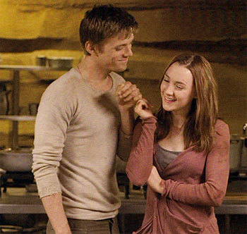 Jake and Saoirse: a funny moment on set