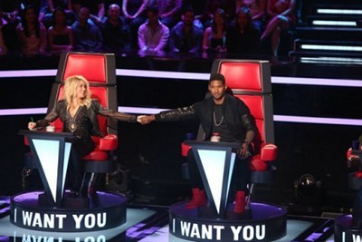 Shakira and Usher buddy up