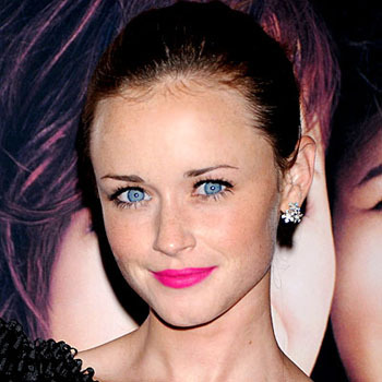 Alexis Bledel's amazing bright lips
