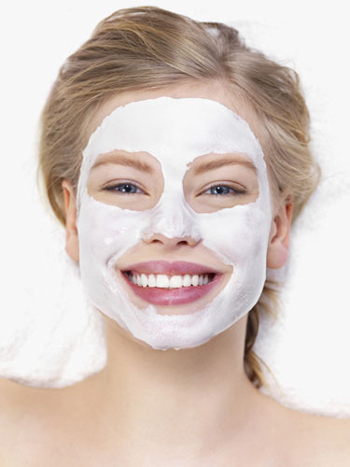 Making your own face mask is super easy!