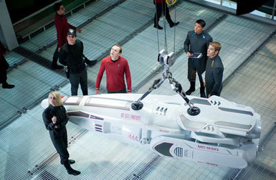Crew checks out a new kind of photon torpedo