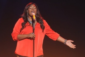 Candice Glover of the American Idol Finale