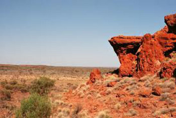 The Great Victoria Desert is the largest in Australia