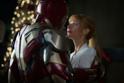 Pepper and Iron Man get cozy