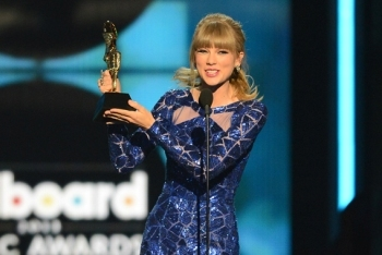 Taylor Swift Receiving Billboard Artist of the Year Award