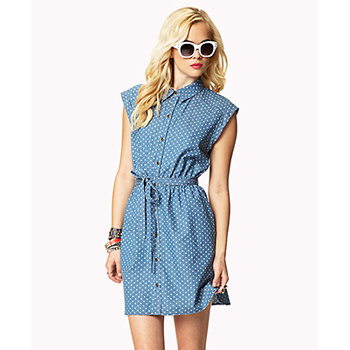 Forever 21 denim dress, $16.75