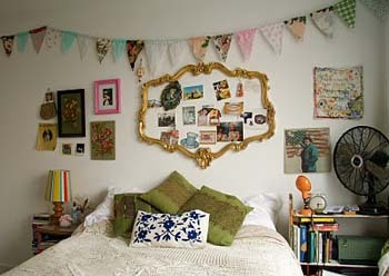 Bedroom bunting is super easy to make and will brighten up your bedroom!